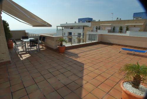 Apartamento Turístico, Ático 8 Central (3d+2b), Punta del Moral (HUELVA), Paseo de la Cruz nº22