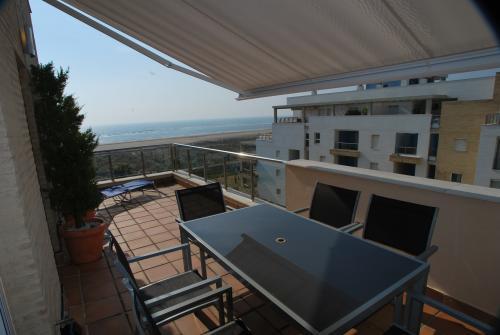 Apartamento Turístico, Ático 1 Central (3d+2b), Punta del Moral (HUELVA), Paseo de la Cruz nº22