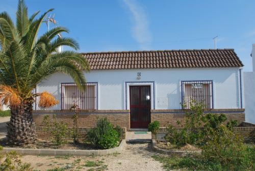 Vivienda Turística en Pueblo Marinero, (4d+2b), Punta del Moral (HUELVA), Avda. de la Palmera s-n